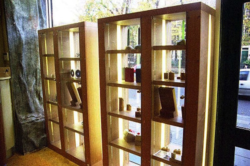 Two units each h: 2200 mm x w: 1600 mm x d: 450 mm.
